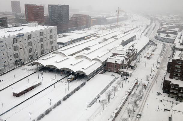 Holland Spoor under snow